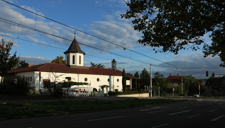 Biserica_Stuttgart_Zuffenhausen