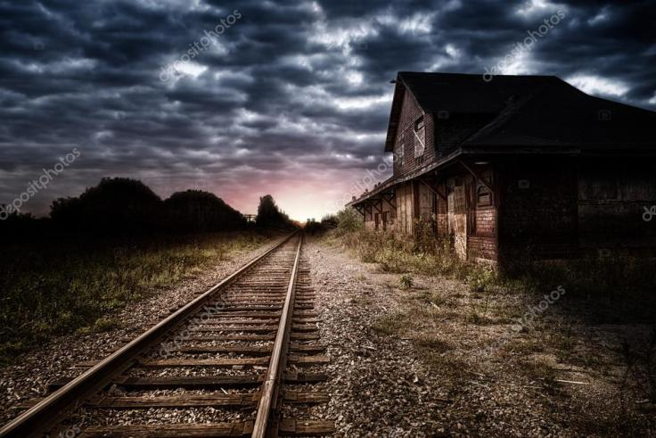depositphotos_126521644-stock-photo-train-station-at-night