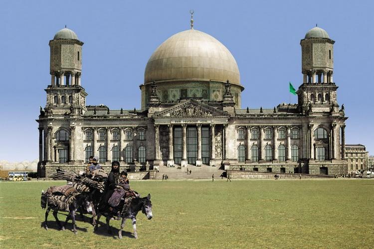AES_Berlin, Reichstag, c-print,1996, 60x90 main